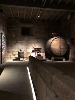 Prensa y cuba. Museo del Vino. Ribadavia.