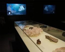 Tesoros de la Tierra. Cristalografía y audiovisual. Cuenca.