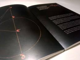 Interior del catálogo, exposición Scripta.