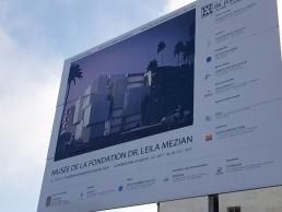 Museo de la Fundación Dr. Leila Mezian. Primera Piedra (valla).