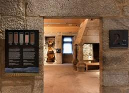 Suelos y sala 2. Museo del Vino. Ribadavia.